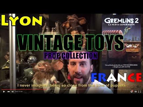 PROP COLLECTION CINEMA MUSEUM LYON VINTAGE TOYS BARBIE JUMEAU TRISTE CARETTE BATMAN