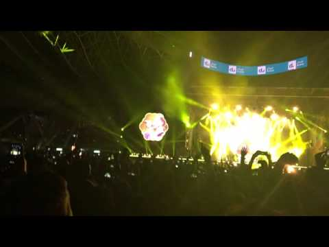Yellow - Coldplay Live in Abu Dhabi 2016