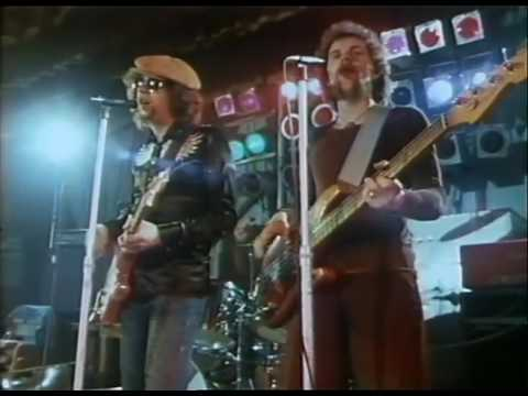Electric Light Orchestra - Evil Woman (Official Music Video)