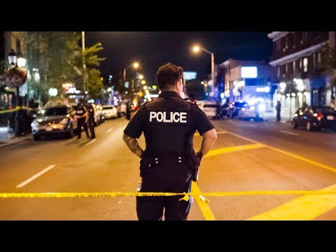 2 dead, 12 injured in Toronto Greektown mass shooting