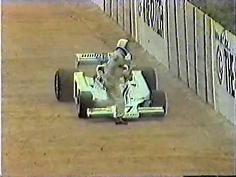 1977 - Tom Pryce crash live broadcast TV - Kyalami circuit