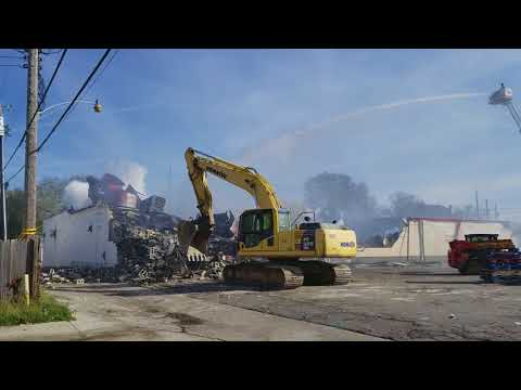 Food For Less Grocery Store Demolition in East Dayton, Ohio (Food Desert)