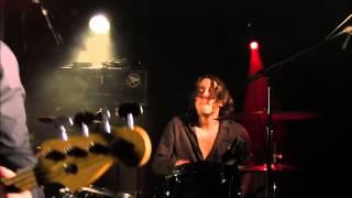 MADJIVE LIVE  ROCK GARAGE  A LA NICHE  DOMMARIEN LE 09 NOVEMBRE 2013