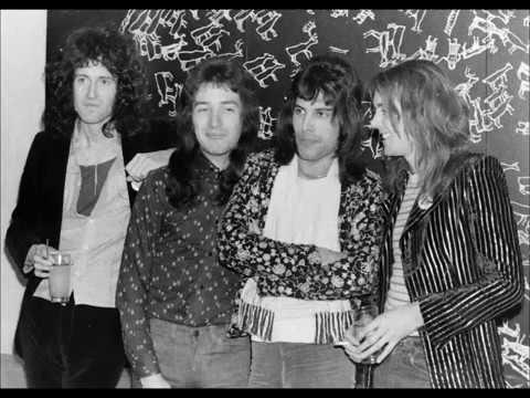 Queen in Finland (Interview, 1974-11-25) - YouTube