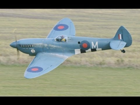 "GIANT 1/4 SCALE RC PR MK 9 SPITFIRE ""CONNIE"" - TEST FLOWN AT NLMFC  BY MIKE & DEANO - 2014"