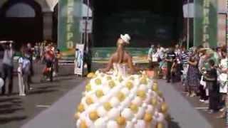 Свадебное платье из шариков