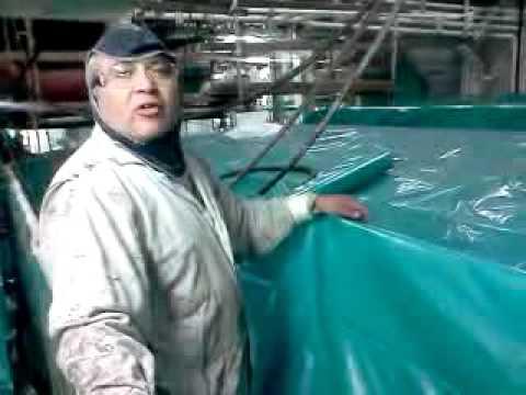 El beez working in the engine room 2011