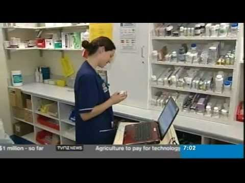 CHRIS LYNCH READING TVNZ7 NEWS