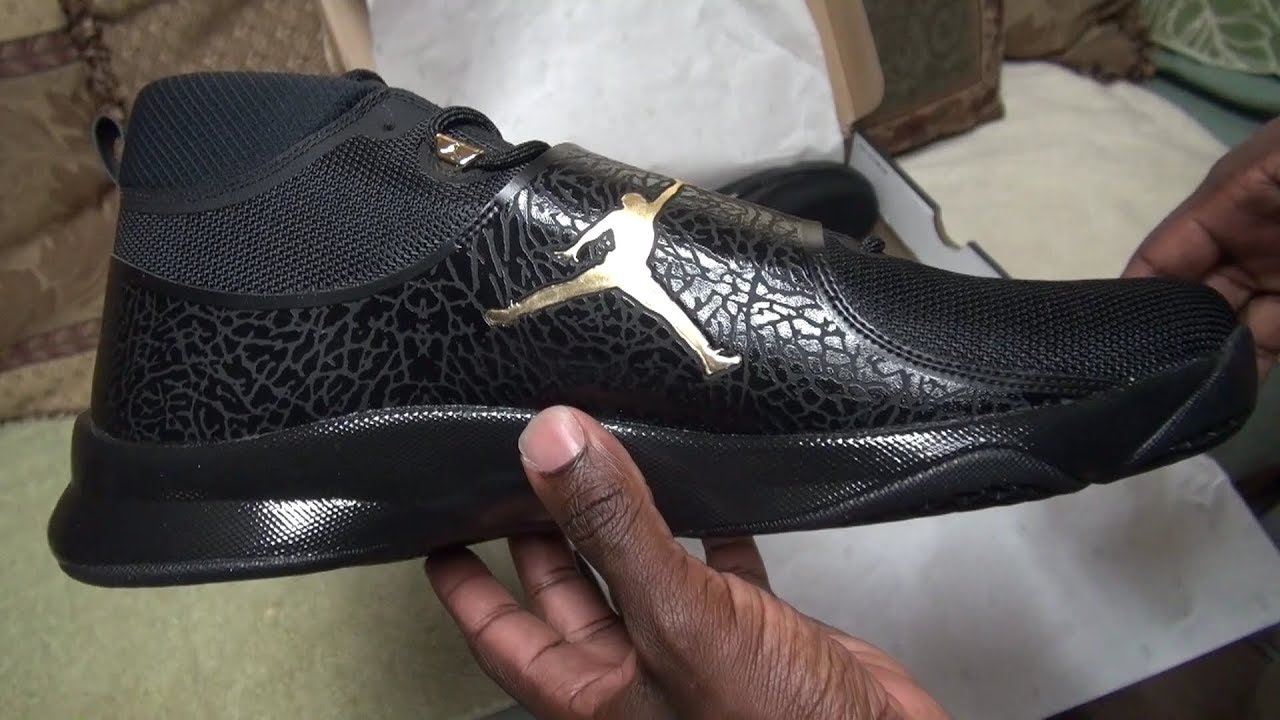 84d6cde74bdc7d Air Jordans Super.Fly 5 Playoffs 2017- Black Gold Metallic  Anthracite-Unboxing And On Foot