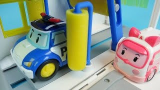 Video Poli car wash Robocar Poli Tayo bus Pororo car toys play download MP3, 3GP, MP4, WEBM, AVI, FLV Juli 2018
