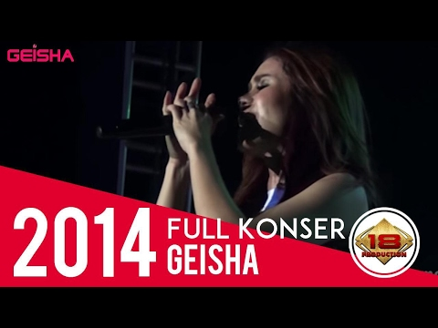 "MOMO "" GEISHA "" MALAH CURHAT DI TENGAH LAGU .. MERINDINGG .. (LIVE KONSER MAGELANG 15 OKTOBER 2014)"