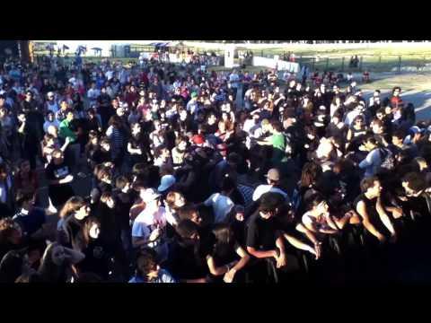 Primate - Es mi voz la que se eleva - Video Oficial Punta Rock 2012