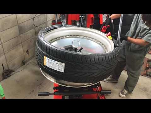 32インチ305-25-32 タイヤ交換