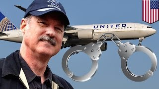 United Airlines handcuffs: First-class passenger threatened with cuffs to leave plane - TomoNews