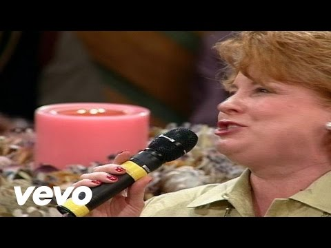 Bill & Gloria Gaither - The Promise [Live] ft. Joy Gardner