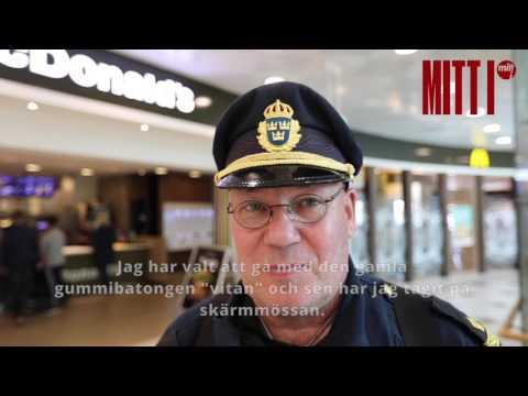 Haninge-polisen Robban Landén är en riktig lokal profil