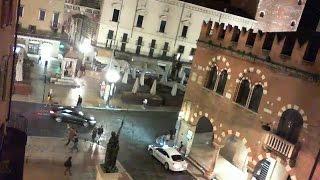 Verona Italy Livecam Webcam Live Cam Streaming Piazza Erbe Giulietta e Romeo