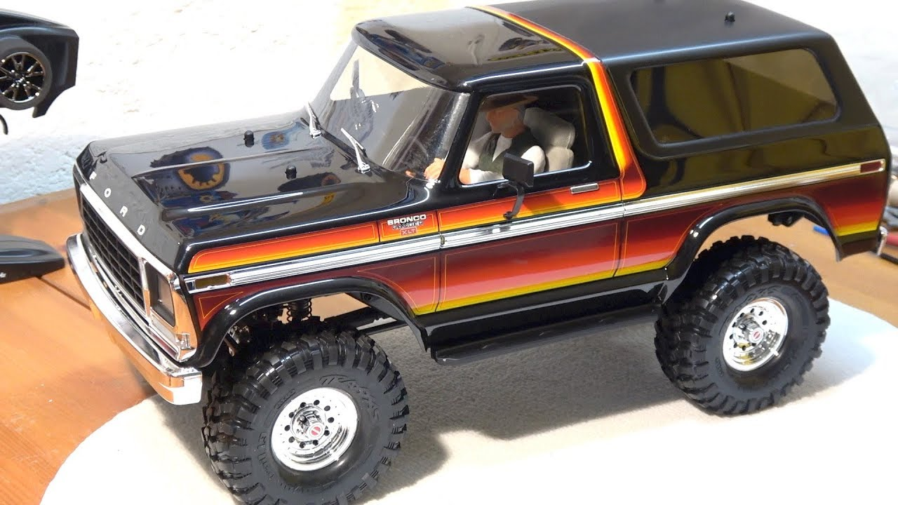traxxas trx 4 ford bronco driver figure clear windows. Black Bedroom Furniture Sets. Home Design Ideas