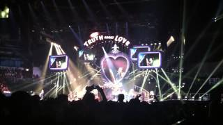 Pink - Trouble - live in Prague/Praha 10.5.2013, Czech Republic (The Truth about love tour)