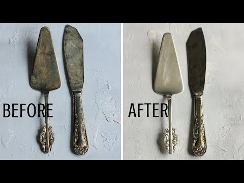 HOW TO CLEAN SILVER WITH BAKING SODA AND ALUMINIUM FOIL EFFORTLESSLY | INTHEKITCHENWITHELISA