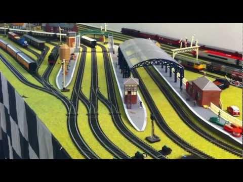Hornby Digital Sound Layout – 5 Locos going – Jadlam Racing Models