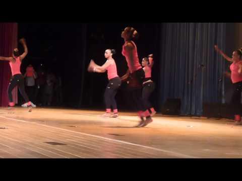 Journée Internationale de la danse 2013 à Dakar dans le grand théâtre de Dakar. Par Gildas Sokambi