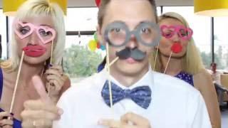 Фотокабина | Фотобудка Минск(Фотобудка «MrBox» – отличное и оригинальное развлечение, которое подойдет для любого мероприятия. Благодаря..., 2016-04-12T11:07:09.000Z)
