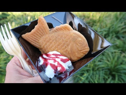 Our First Trip To Epcot's International Festival Of The Arts At Disney World! | Food Reviews & Merch