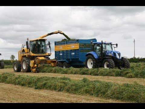 Silage 2011 Roger Perry at the Grass New Holland Agriculture