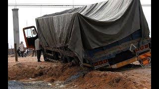Truck Load Stuck