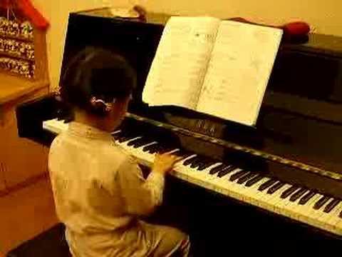 jane play piano