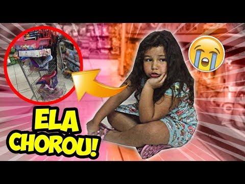 LEVEI MINHA PRIMA EM UMA LOJA DE BONECAS E DISSE NÃO PRA ELA!!! (ela chorou muito)