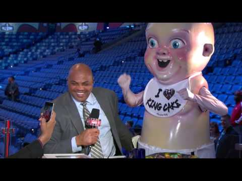 EJ's Neato Stat: Chuck Loves King Cake | Inside the NBA | NBA on TNT