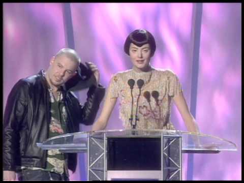 Bjork wins International Female presented by Alexander McQueen & Honor Fraser | BRIT Awards 1998