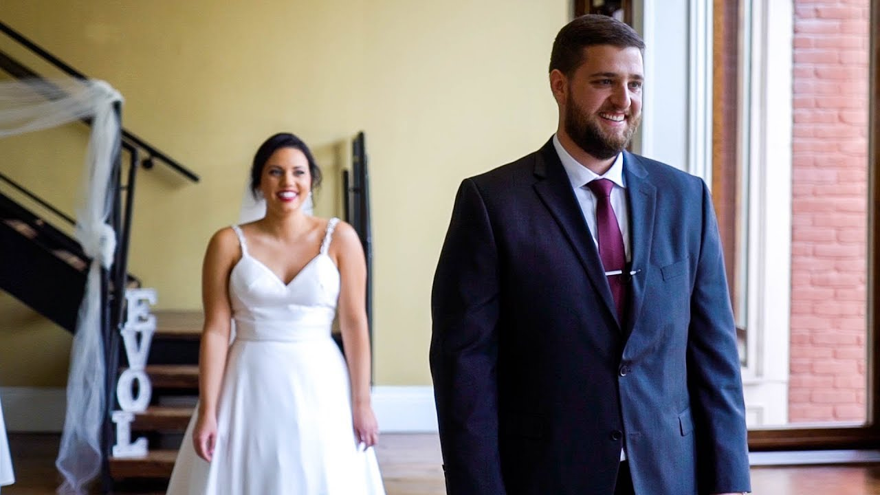 Hayley & Tim - First Look with Groom