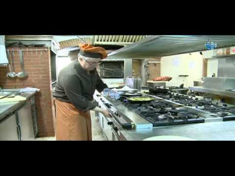 Restaurante asador en alcobendas asador la vega youtube for Jardin de la vega alcobendas