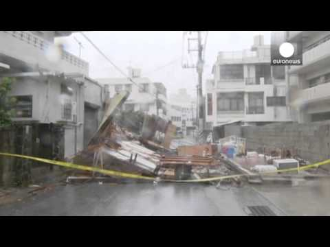 Powerful Typhoon Neoguri hits Japan with torrential rain and wind