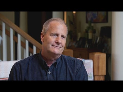 Why Jeff Daniels Doesn't Want 'Dumb' in the White House - YouTube