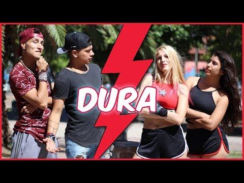 Chicas VS Chicos Bailando DURA - Daddy Yankee   A Bailar Con Maga