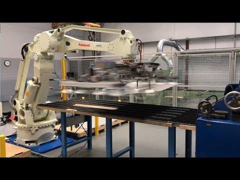 Hightech-Roboter für die Blechbearbeitung