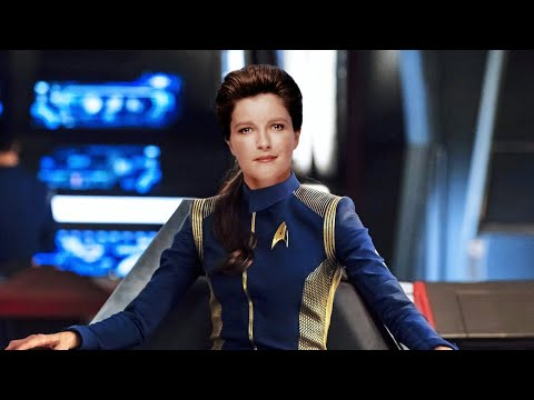 Janeway Finds Out That The Spore Drive From Star Trek Discovery Can Bring Voyager Home