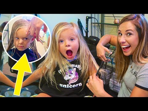 4 YEAR OLDS FIRST HAIRCUT! ✂️ MOM CUTS IT ALL OFF!