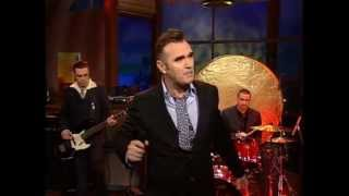 Скачать Morrissey First Of The Gang To Die Live 7 22 04