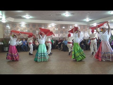 Ballet Folklórico Fiesta Mexicana dances on Family day at Our Lady of Guadalupe church 10-27-13