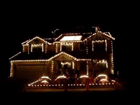 Casa con luz y sonido navidad dic 2011 youtube for Casas decoradas en navidad
