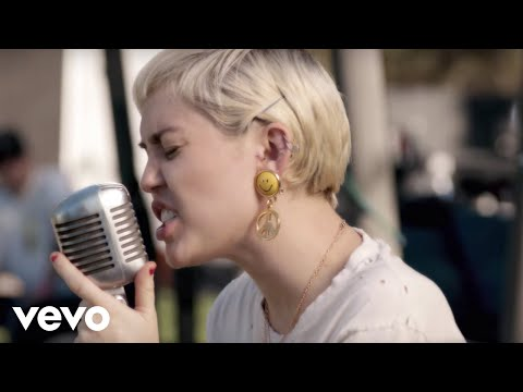 Backyard Sessions (Miley Cyrus) 2015
