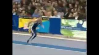 Video Gymnast can fly & crash! Gymnastic goes wrong. download MP3, 3GP, MP4, WEBM, AVI, FLV Agustus 2018