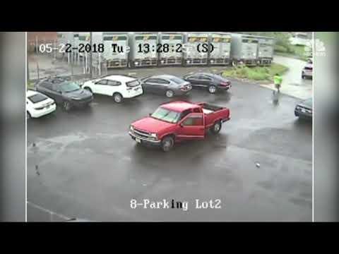 Man caught on surveillance video smashing truck with sledgehammer in Philadelphia