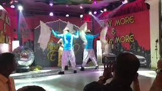 Actress Model Nicole Faria Indian Act Performance By Choreographer Divya Chauhan