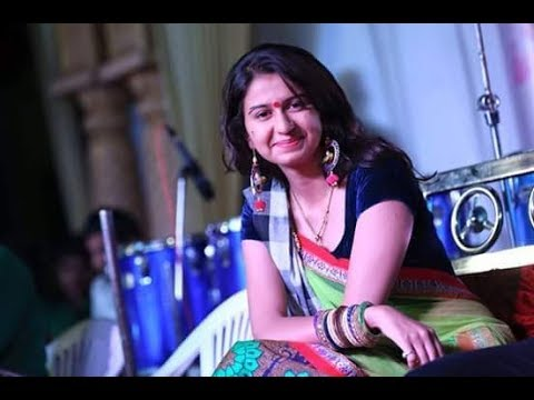 Interview with 'Char bangdi vadi gadi' fame Kinjal Dave on audi car use in song | Vtv Gujarati